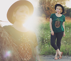 Anca Varsandan - H&M Sequin Pineapple T Shirt, Bershka Jeans, H&M Wool Hat - Basking in the Sunset