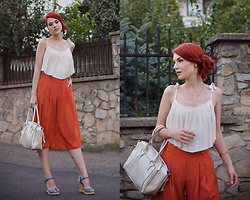 Anaivilo B - H&M Pleated Top, Miniprix Culottes, New Look Wedges - Culottes and pleats