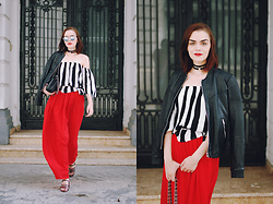Andreea Birsan - Leather Jacket, Striped Off Shoulder Top, Black Crossbody Bag, Red Maxi Skirt, Strappy Sandals, Mirrored Sunglasses, Chocker, Belt - Leather jacket & red maxi skirt// www.couturezilla.com