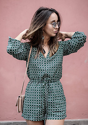 Guess What - H&M Jumpsuit, Mango Bag, Zara Earrings, Ray Ban Sunglasses - GREEN GREEN PRINT