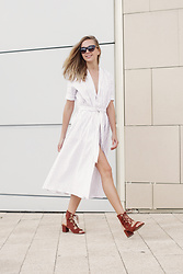 Dasha Shcerbakova - H&M Shoes, Dress - PERFECT WHITE