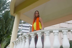 Amina Allam - Byaa Orange Maxi Scarf - Color blocking in Mumbai