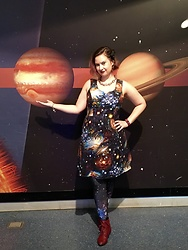 Badia Cupcake - Vince Camuto Chain, Modcloth Heart And Solar Dress, Black Milk Clothing Galaxy Leggings - Spacey wacey