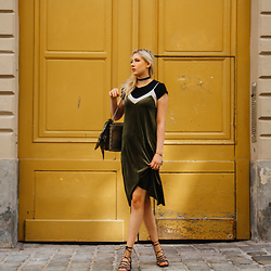 Eleonore Marie Stifter - Zara Dress, Mango Shoes, Gucci Bag - Velvet Dress over Tee