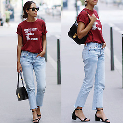 Fadela MECHERI - Ray Ban Sunglasses, Florette Paquerette T Shirt, Levi's® Jeans, Céline Classic Box Bag, Steve Madden Sandals - MONDAY NEEDS...