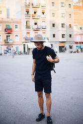 Kevin Elezaj - Dr. Martens Oxfords, Bershka Shorts, Cos Shirt, Ryhthm Hat - Barcelona walks (2)