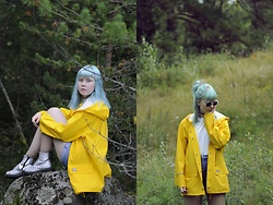 Nora - H&M Sunglasses, Rukka Yellow Raincoat, Second Hand Shorts, T.U.K. Footwear Holographic Shoes - YELLOW