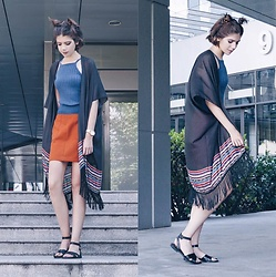Lora Leo - H&M Black Fringe Kimono, Primark Blue Top, H&M Orange Pencir Skirt, Fossil Rose Gold Mechanical Watch, Vegabond Black Leather Sandals - Festival-Inspired Look & Spacebuns