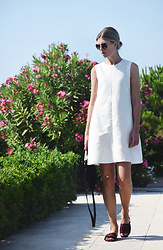 Valerie Brems - Max Mara Dress - Dress Up