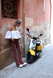 Jint B. - Zaful Off Shoulder Top, Superga Platforms - Italian streets
