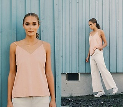Petra Karlsson - Loavies Top, Vila Pants - Pastels
