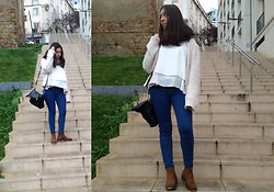 Leonor Bilton - Pull & Bear Jeans, Pimkie Black Bag, Stradivarius Brown Boots, Primark Blouse, Zara Scarf - Autumn is coming