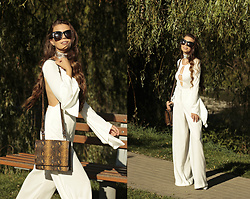 Ramona Crisstea - Top, White Pants, Bag - White issue