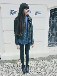 Valéria Przysbeczyski - Clock House Jacket, Pernambucanas Denim Shirt, Beira Rio Boots - Jeans shirt and jacket