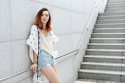 Arielle - Zara Kaftan, H&M Silk Tank Top, Romwe Distressed Denim Shorts - Living out of a suitcase