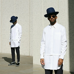 Martell Campbell - D'lyle Treasure Talk Crown Fur Felt Hat, Le.Gnauhc Long White Shirt, D.Gnak Zip Detail Trouser, D'lyle Treasure Button Detail Derby Shoes, Kirk Originals Eyewear - Contemporary Clean