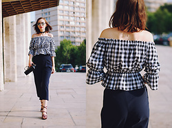 Andreea Birsan - Gingham Off Shoulder Top, Choker, Strappy Sandals, Navy Culottes, Piper S Crossbody Bag, Mirrored Sunglasses - Navy culottes & gingham top