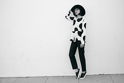 Amy Roiland - Marks And Spencer Top - Polka Dot blues