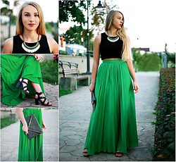 Klaudia - House Necklace, Bonprix Black Crop Top, Fashion Pinto Vintage Clutch, Ccc High Heeled Sandals, Sheinside Pleated Maxi Skirt - Green High Waist Pleated Maxi Skirt