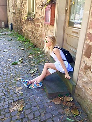 Ju - Bata Fancy Shoes, Dress,, Lowrys Farm Back Pack - Happy sneakers
