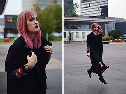 Laura Alksne - H&M Top, H&M Coat, H&M Jeans, H&M Dress, H&M Sneakers - Dancing in H&M Studio AW16