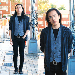 Xanthium James - Urban Outfitters Triblend Cardigan, Urban Outfitters Tweed Vest, Uniqlo Full Buckle Belt, Cheap Monday New Black, Converse Leather Chucks - Daemon