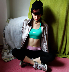 Sophia A - Nike Green Top, Ppz Yoga Pants, Hummel Silver Sneakers - Workout