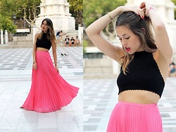Amy Ramírez - Zara Skirt, Pull & Bear Top - The long and the short of it