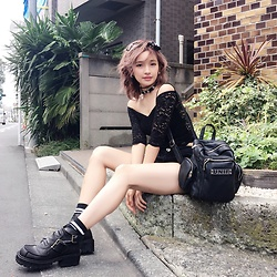 Chiemi Ito - Bershka Lace Top, Unif Boots, Unif Bag, Zara Chocker - 090916
