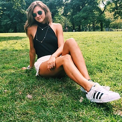Zoe S - Adidas Sneakers, Boohoo Black Halter Turtleneck, Free People White Lace Shorts - Afternoon in the park