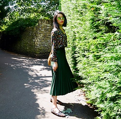 B @Style Voyage - Zara Printed Blouse, Zara Choker, Zara Pleated Skirt, Zara Leopard Shoes, Mira Madison Sunglasses - Into the woods