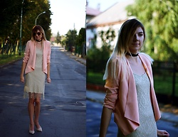 Kamila Krawczyk - Sheinside Blazer, Select Dress, Asos Sunglasses - Shein peach blazer