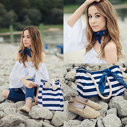 Martyna Piotrowska - Tommy Hilfiger Espadrilles, Romwe Off Shoulder - SEA STYLE