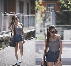 Mia Di Domenico - Adidas Shoes, Bershka Body, H&M Bag, Asos Sunglasses - Purple Lips + Vintage Adidas Shoes