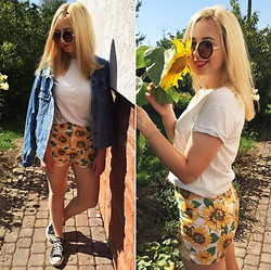 Matylda - Second Hand Shorts, Stradivarius Sunnies, Second Hand Demin Jacket, Converse Shoes - SUNflowers ( I'm back!)