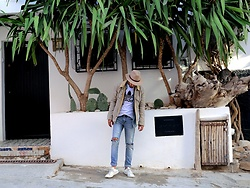 HAMID KHOUYI - Levi's® 501, Levi's® Brown, Adidas Original - Denim addicted