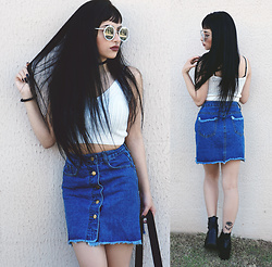 Mayara Pereira - Romwe White Crop Top, Romwe Jeans Skirt, Gamiss Sunglasses - BLUE JEANS, WHITE SHIRT ♪