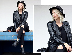 Lavie Deboite - H&M Leatherjacket, Only Skinny Jeans, Sacha Bikerboots - Black allover