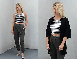 Vlada Kozachyshche - Stradivarius Crop Top, Topshop Pants, Bershka Cardigan, Stradivarius Flats - September look