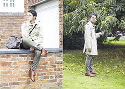 Ronan Summers - Samuel Windsor Classic Honey Single Breasted Trench Coat, Koch & Co Rajput Monk Shoes, Louis Vuitton 55 Macassar Holdall - The Colours of Autumn
