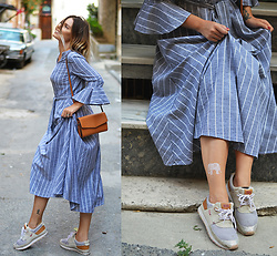 Kseniya Celikdelen - Vintage Dress, Mango Bag, Levi's® Sneakers - MODERN PRINCESS