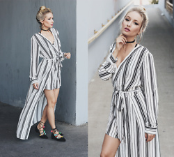Chloe From The Woods - Sheinside Black And White Striped Tie Waist V Neck Jumpsuit - THE TRICKY DRESS