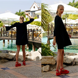 Frederique - fablefrique.com -  - Summer flowy dress and red flatforms