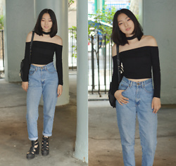 Yonish - Gamiss Choker Off The Shoulder Crop Top, Mom Jeans, Topshop Arcade Cut Out Platform Sandals - Off da shoulder (w Gamiss)