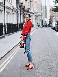 Gabriele Gzimailaite - Zara Top, H&M Jeans, Russell&Bromley Heels - Gucci vibes