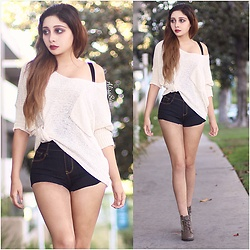 Alisa Sia -  - Shorts and Sweater