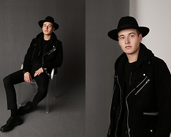 Patrick Pankalla - Topman Suede Biker Jacket, Diesel Hoodie W. Zipper, H&M Trousers, Dr. Martens Leather Shoes, H&M Fedora Hat - Welcome