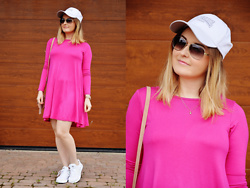 Sispolitan Lach - Papilion Dress, Lonsdale Cap, Adidas Sneakers, Michael Kors Watch, Chanel Sunglasses - Pink Dress