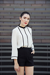 Carolina Pinglo - Zara White Blouse, Zara Black Shorts, Dior Lipstick - Simple black and white