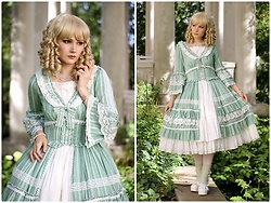 Saija Sasetar - Gothic Lolita Wigs Ringlet Wig, Vintage Pearl Neckalce, Rabbit Teeth Pale Green Frilly Lolita Dress, Bodyline White Lolita Platforms - Garden Royalty